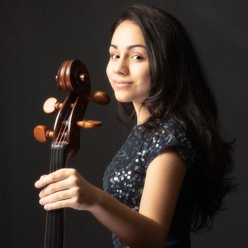 Laura Navasardian